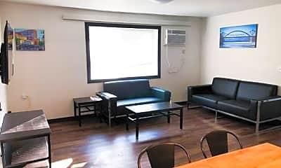 Living Room, 231 10th St N, 0