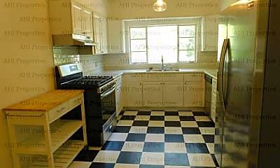 Kitchen, 3143 Gilmer Ave, 2