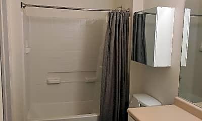 Bathroom, 4135 Verbena Way, 2