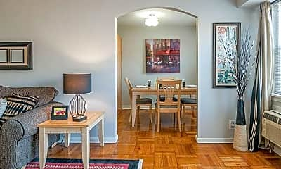 Dining Room, 5000 Woodbine Ave, 2