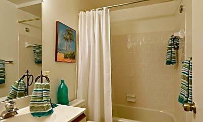 Bathroom, Fairway Hills, 2
