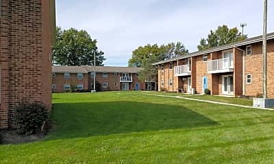 Maplewood Apartments, 2
