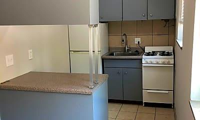 Kitchen, 3219 Russell Blvd, 0