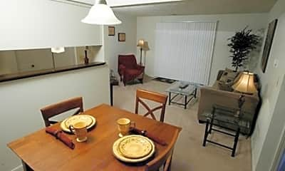 Pines West Apartments, 1