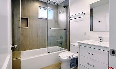 Bathroom, 9800 Vicar St 4, 2