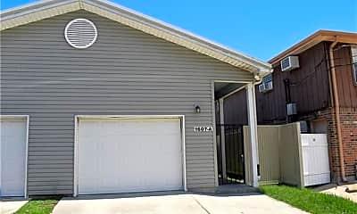 Building, 1607 Lake Ave B, 2