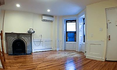 Living Room, 108 Park Pl, 1