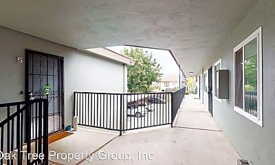 Patio / Deck, 3040 Lynde St, 0