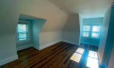Living Room, 1495 Michigan Ave, 2