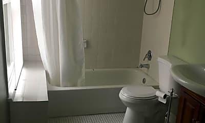 Bathroom, 1440 Corcoran St NW 2, 2