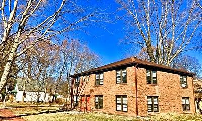 Building, 502 S Anderson, 0