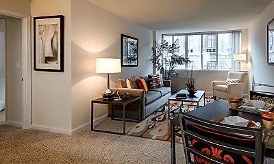 Living Room, 111 W Centre St, 1