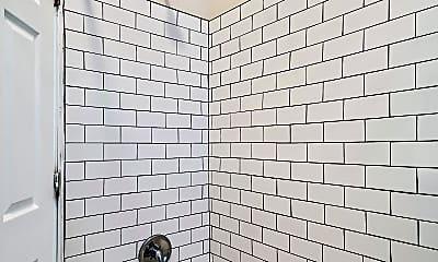 Bathroom, 2931 W Susquehanna Ave, 2