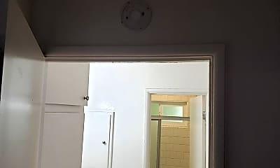 Bathroom, 68392 Kings Rd, 1