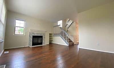 Living Room, 7902 Lexington Park Dr, 1