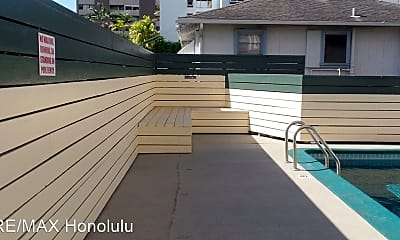 Pool, 1314 Victoria St, 2