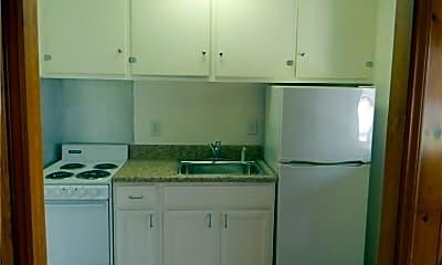 Kitchen, 205 Leftwich St 6, 1