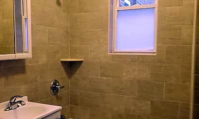 Bathroom, 80 Union Ave B1, 2