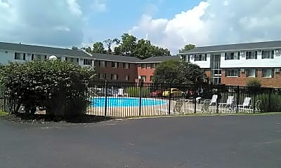 Oxford Square Apts, 2