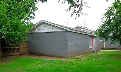 Building, 2443 N Prospect Ave, 2
