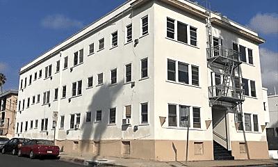 Building, 1435 S Beacon St, 0