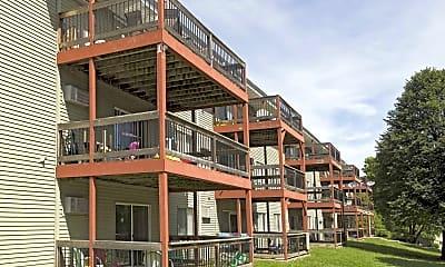 Building, Rosemont Place Apartments, 1