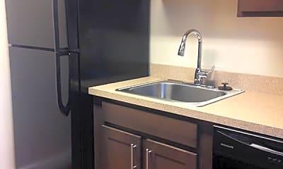 Kitchen, Clarendon Court Apartments, 0