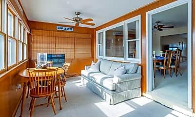 Patio / Deck, 2202 Bay Blvd, 2