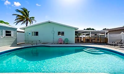 Pool, 833 NW 9th Ave, 2
