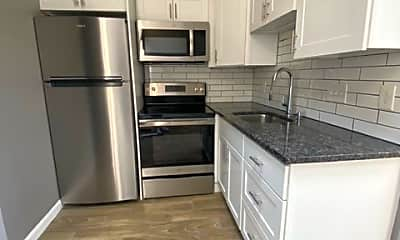 Kitchen, 282 Beacon St, 1