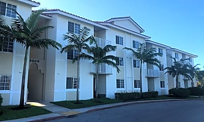 Davie Road Triangle Apartments, 0