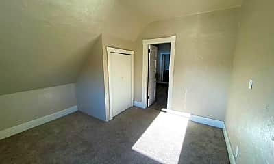 Dining Room, 401 NW Bailey Ave, 2