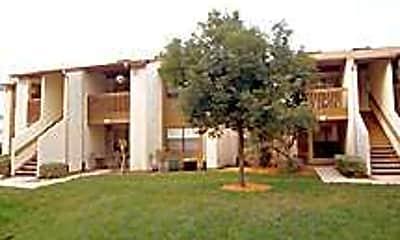 Sunscape Apartments, 2