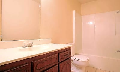 Bathroom, Oak Park Apartments, 2