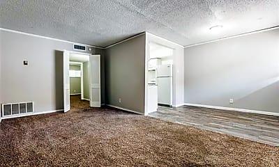 Living Room, 5917 Gaston Ave 202-17, 1