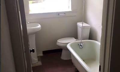 Bathroom, 1674 W 12th St, 1