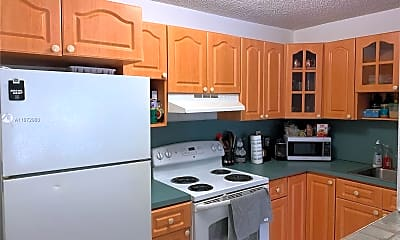 Kitchen, 10477 SW 108th Ave 220, 0