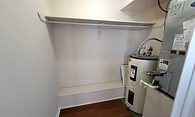 Patio / Deck, 220 Lanier Dr, 2
