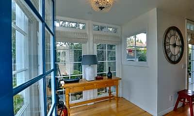 Living Room, 1417 Olive St B, 1