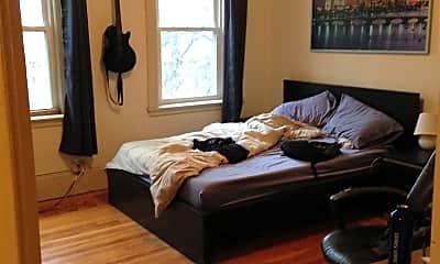 Bedroom, 32 Powell St, 2