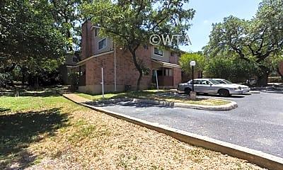 Building, 11146 Vance Jackson Rd, 2