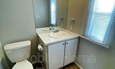 Bathroom, 16 Lilly Pond Rd, 2