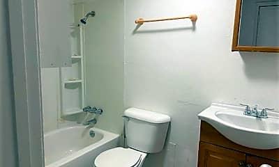 Bathroom, 312 SW 23rd St, 2
