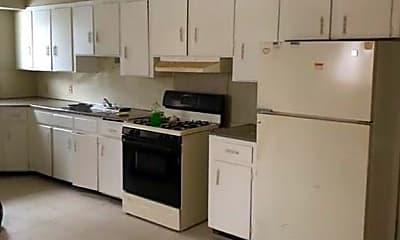 Kitchen, 55 Kohlman St, 2