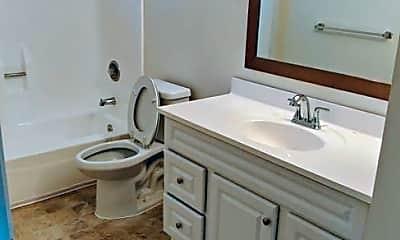 Bathroom, 2030 Cypress Ave, 2