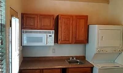 Kitchen, 16219 Oxbow Trail, 1