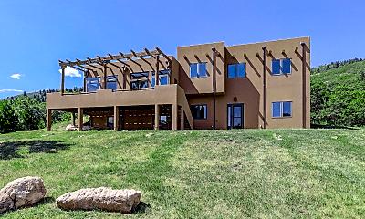 Building, 4664 N Ponderosa Trail, 1