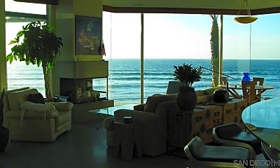 Living Room, 3377 Ocean Front Walk, 2