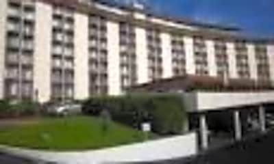 Building, 101 Aupuni St, 2