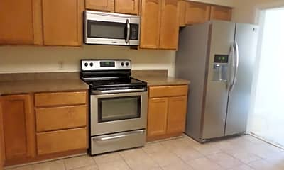 Kitchen, 5501 Seminary Rd, 2